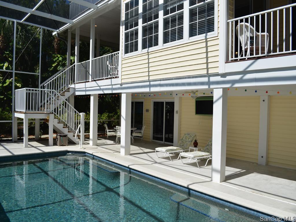 544 Sea Oats Backyard