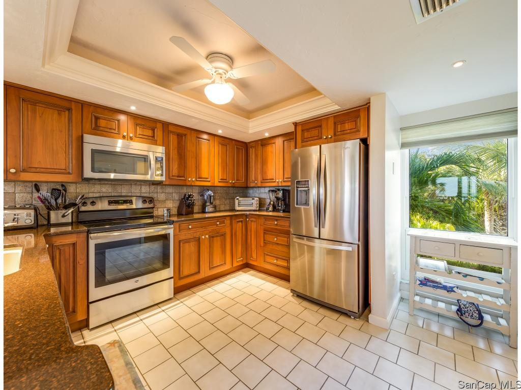 Sanibel gulf front condo for sale