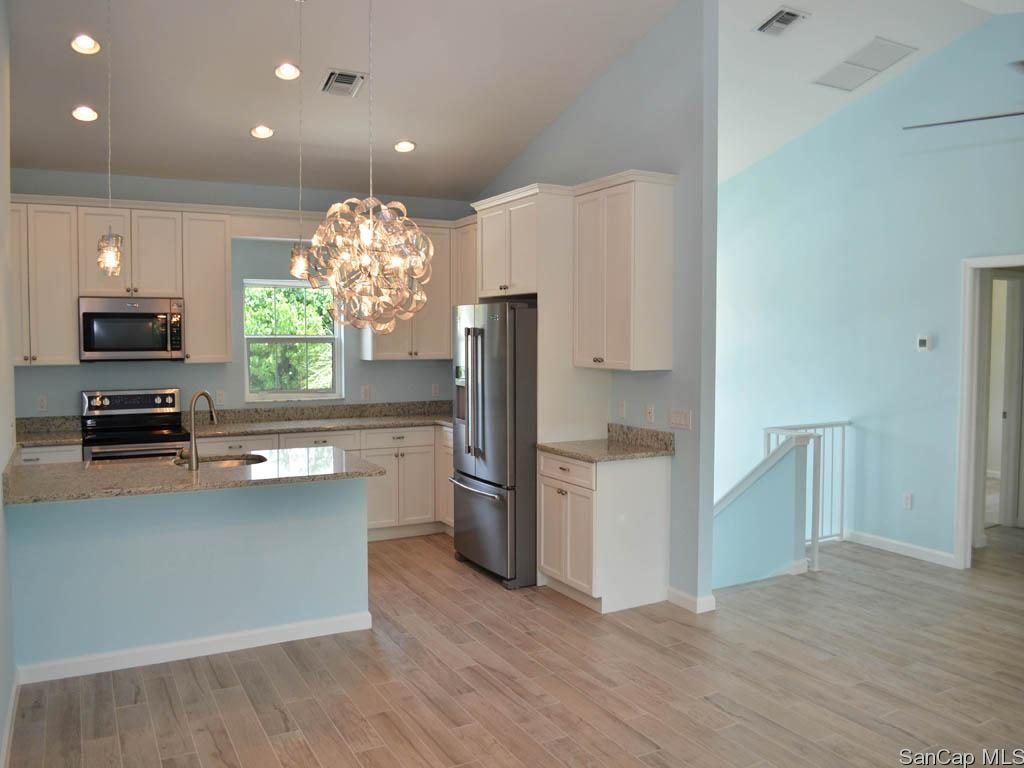 Dimmick Drive Home For Sale - Kitchen