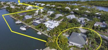 "Updated ""Old Florida"" Sanibel Waterfront Home For Sale"